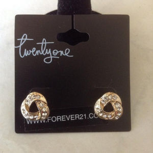 New Gold Tone Earring Studs